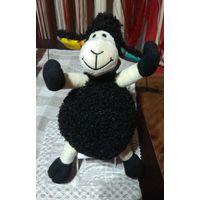 Мягкая игрушка- овечка