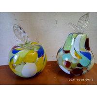 Яблоко и груша стекло