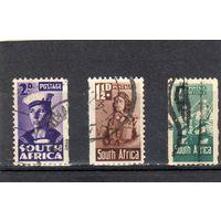Южная Африка.  Mi:ZA 153,157, 159,.  Матрос, Летчик,Пехота,  Серия: Военные усилия. 1942-43.