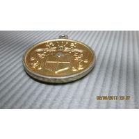Медальон латуневый