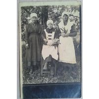 Фото трех монахинь(?). До 1917(?) г. 9х14 см