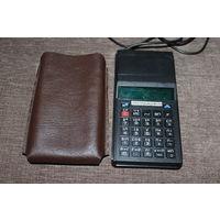 Калькулятор времён СССР, ЭЛЕКТРОНИКА МК 66, рабочий, поставлен современный блок питания.