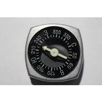 Туристический компас, времён СССР, рабочий, размер 5*5 см.