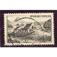 Франция. Вид на Мон Жербье де Жон, гора вулканического происхождения