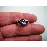 Кольцо с натуральным Аметистом. Серебро.