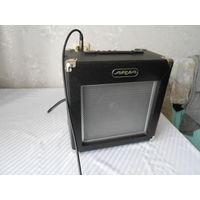 Усилитель для электрогитары ARIA AB-25