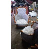 Кресла орех