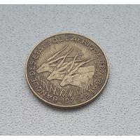 Центральная Африка 5 франков, 1975 8-4-9