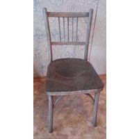 Старый стул с чердака.