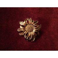 Брошь Золотой Цветок Эдельвейс Германия винтаж