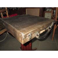 Набор пластинок в кейсе 11 шт 78 об.Англия,Франция 20-е года Ар-Деко,Авангард.