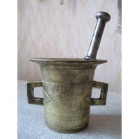 Красивая старинная бронзовая ступка. Первая четверть прошлого века.