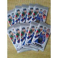 10 запечатанных пакетов карточек 11 сезона КХЛ.
