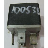 100538 Реле топливного насоса GM Opel 90191753