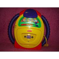 Детский,кассетный магнитофон Fisher Price