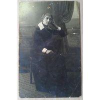 Фото на добрую память подруге от Нади. Август 1918 г. Киев. 8.5х13.5 см.