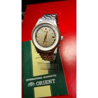"""Часы """"Orient"""" не частые + книжечка в комплекте с 1 рубля"""