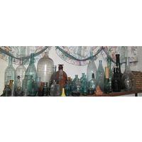 Старые фигурные бутылки, чернильницы, парфюм, аптечные и т.д.. ЦЕНА ЗА ВСЕ.