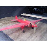 Модель самолета летающая