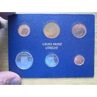 Нидерланды годовой сет монет 1977 в банковской упаковке - UNC