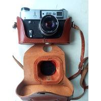 Фотоаппарат ФЭД-5В с олимпийской символикой в кожанном футляре