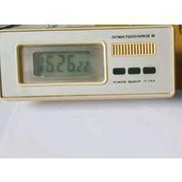 Электроника 8 часы настольные