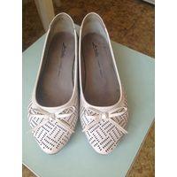 Туфли женские летние белые