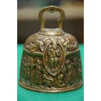 Колокольчик бронзовый ( высота 8,5 см , диаметр 6,5 см )