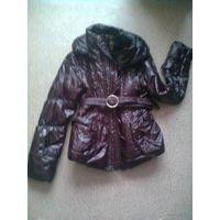 Куртка  вишневого цвета.  Даром к любому купленному лоту.