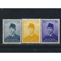 Индонезия Респ 1951-3 Сукарно Стандарт #87,114,117**