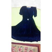 Платье вечернее панбархат р-р 46-48 в стиле Ретро