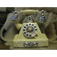 """Советская игрушка """"Старинный телефон"""" с коробкой (МОЭЗ Огонек, СССР)"""