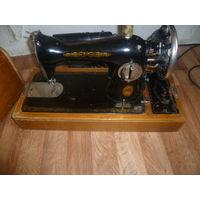 Редкая с электро-приводом Швейная машинка Подольск 1956 год