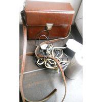 Вспышка (нерабочая) и футляр кожаный