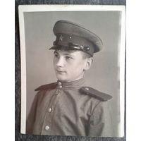 Фото воспитанника. 1946 г. 6х7 см.