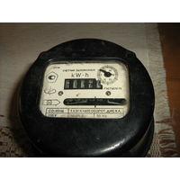 Электрический счетчик однофазный  типа СО-И446. для ларьков,дачи и других целей