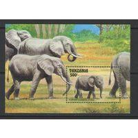 Марки Танзании. Слоны. 1993г.