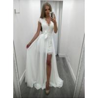 Свадебное платье р.40-42