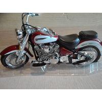 Модель мотоцикла Yamaha RoadStar .1/12.