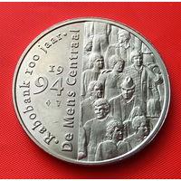 24-36 Жетон из серии 100 лет голландскому международному банку Rabobank
