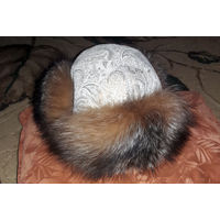 Шапку- ушанку из натурального меха лисы и кожи
