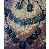 Гарнитур: Серьги + колье + браслет. Камень: натуральная облагороженная Зеленая Бирюза
