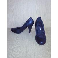Чёрные туфли (36 евро разм.)