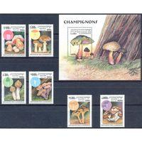 Камбоджа 1997 Грибы, 6 м. + бл.