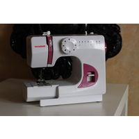 Швейная машина YANOME PT535