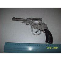 Револьвер детский СССР под пистоны.нет взводного курка