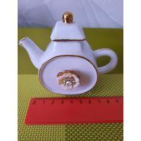 Чайник (мини-чайничек). Фарфор. Для коллекции.