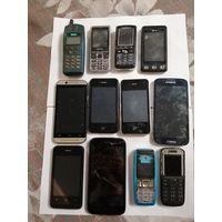 Мобильные телефоны 12 шт. Торги.