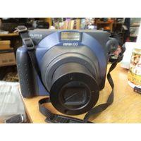 Камера Fujifilm Instax 100