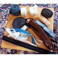 Тесьма, ленты, молнии, липучка и прочие материалы для шитья. Цена за все